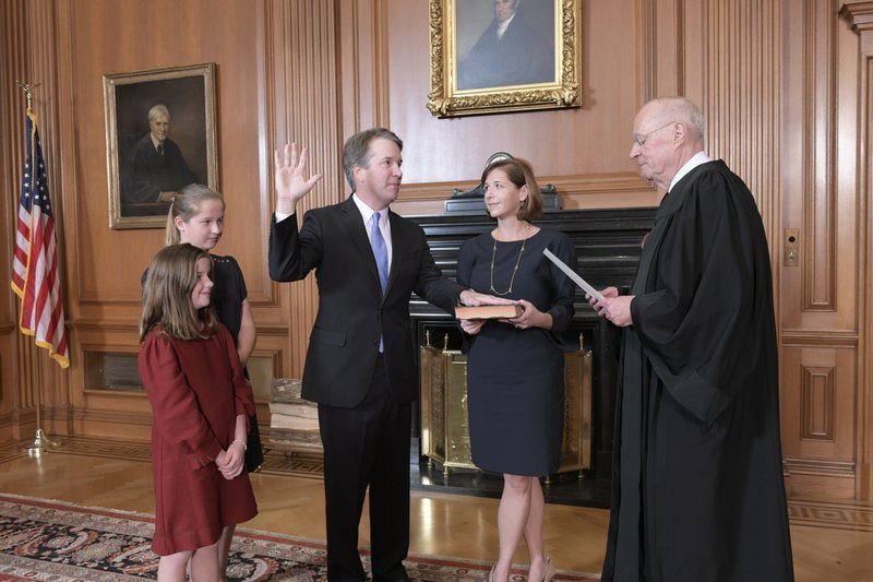 Brett+Kavanaugh+being+sworn+sworn+in+as+the+newest+Supreme+Court+judge.