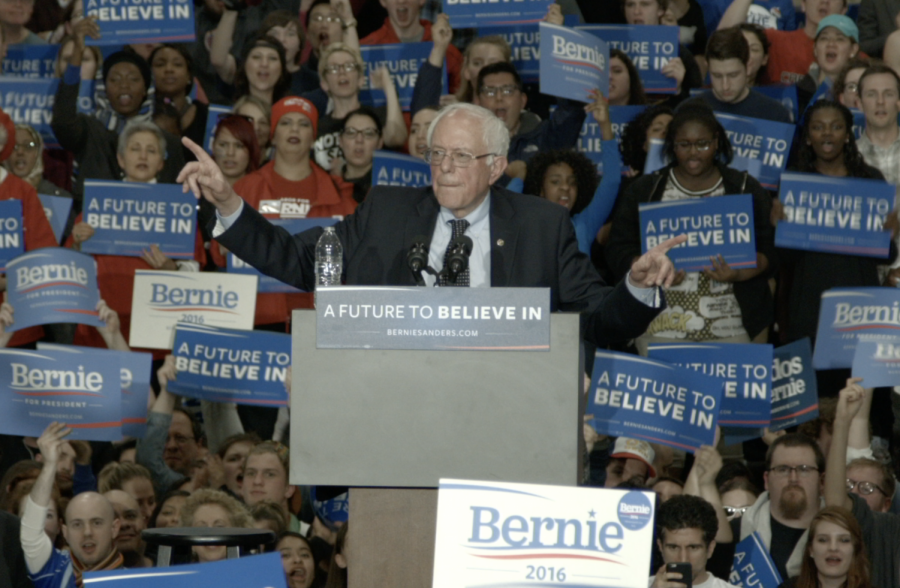 Sen.+Bernie+Sanders+speaks+at+a+rally+held+in+the+Argo+Field+House+during+his+2016+campaign.